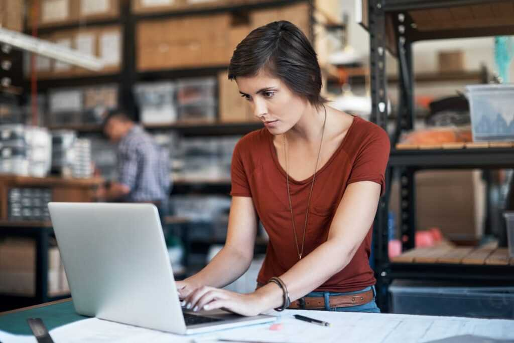 ניהול עסקים מהאינטרנט